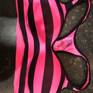 VS Pink Yoga Bra